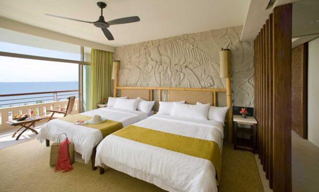 Motif wallpaper kamar tidur utama