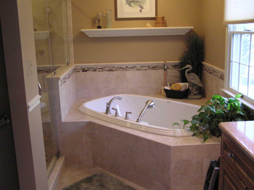 Shower Kamar Mandi dengan bathtub