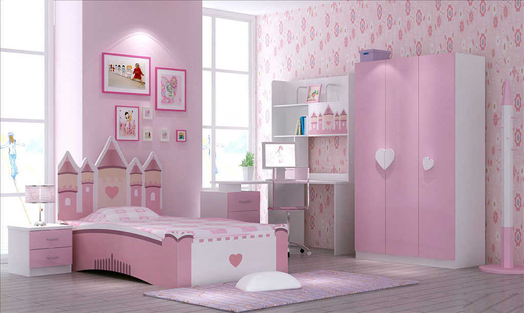 kamar set anak pink motif hello kitty