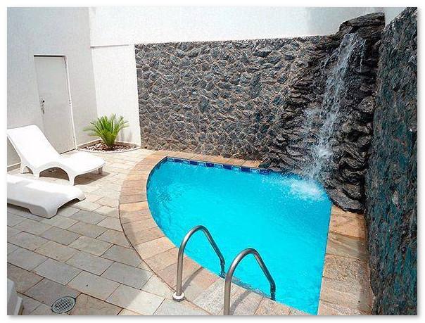 kolam renang minimalis jacuzzi