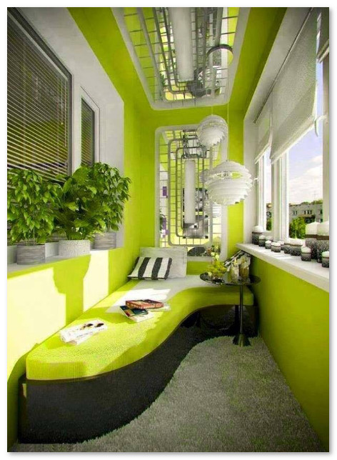 balkon teras apartemen warna hijau