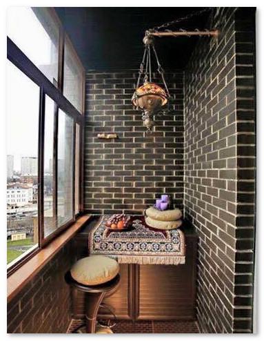 balkon teras lantai dua