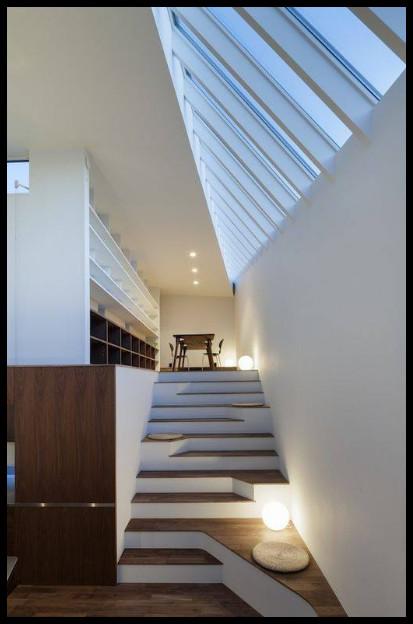 desain unik tangga modern