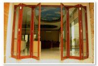 Desain Keren Pintu Lipat Kaca Kayu