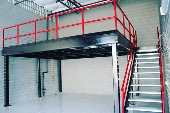 konsep mezzanine dengan baja stainless steel