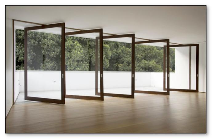 Desain Pintu dan Jendela Rumah Minimalis dengan konsep Udara yang Mengalir