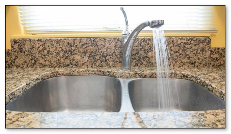 Ilustrasi gambar bak cuci piring atau kitchen sink