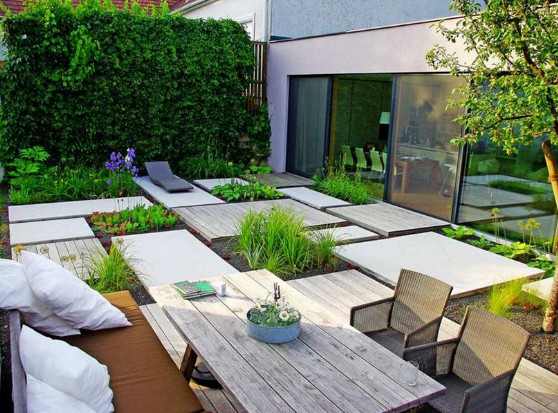 Desain taman minimalis yang sedang trend saat ini desain for Hard surface garden designs