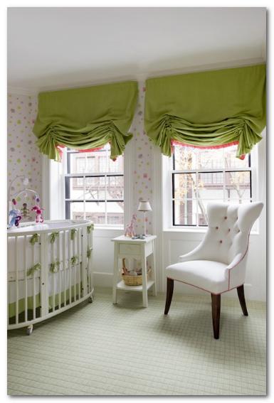 kamar tidur bayi nuansa hijau lumut