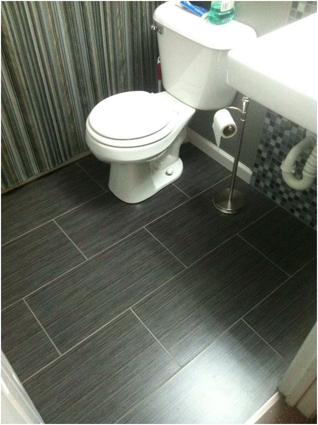 lantai keramik kamar mandi sesuai tema