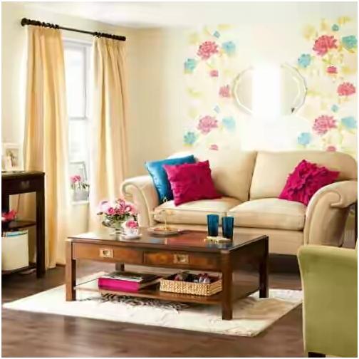 pemilihan warna cerah pada interior rumah agar terlihat luas