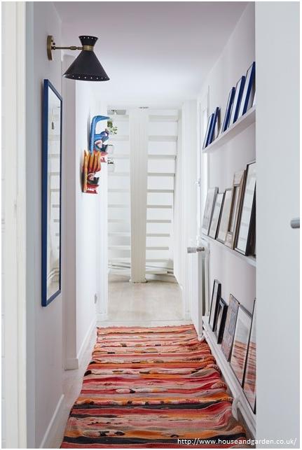 penggunaan karpet untuk koridor rumah