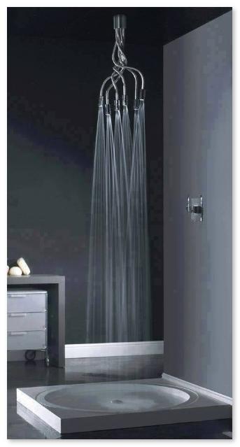 kamar-mandi-dengan-shower-yang-bentuknya-unik