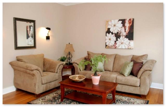 ruang tamu minimalis di pojok sudut ruangan