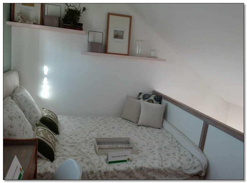 kamar tidur rumah sempit 2 lantai