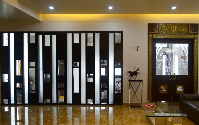 hiasan hiasan serta pintu yang berkualitas dan mahal