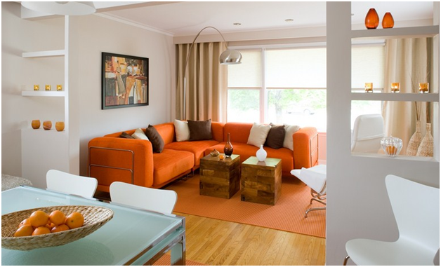 karpet dengan warna sepadan dengan sofa