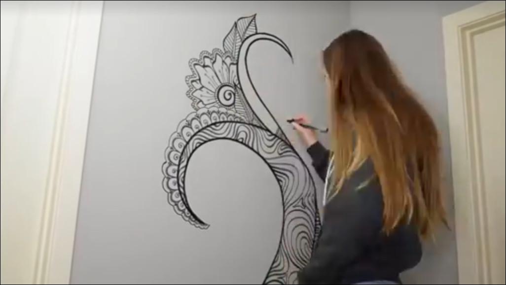melukis dinding yang unik dan nyentrik