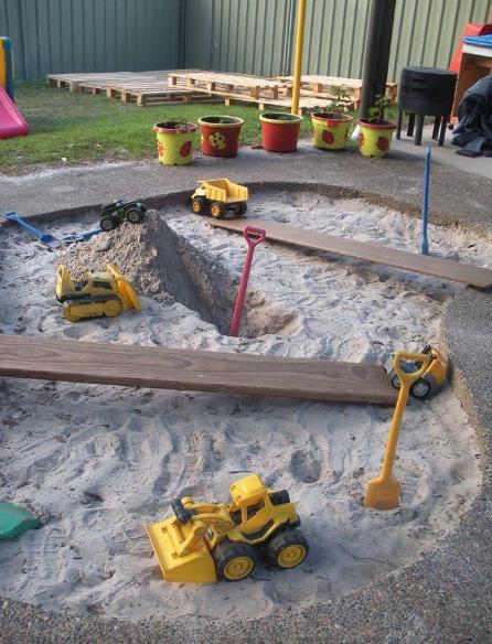 playground di taman rumah yang keren