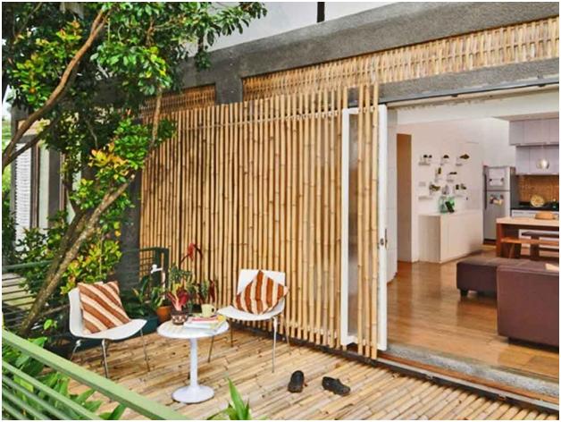 teras unik rumah minimalis dengan bahan bambu