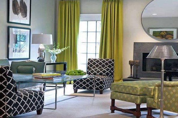 gorden hijau pada ruang living room