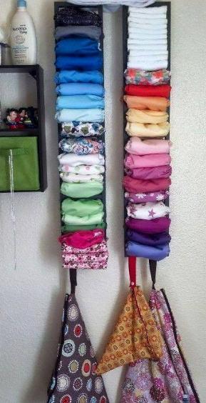 penataan lemari gantung untuk bayi