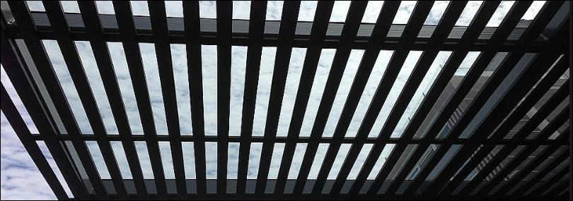 teralis atap belakang rumah minimalis