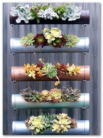 pot vertikal untuk tanaman di lahan terbatas