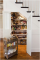dapur kering di bawah tangga