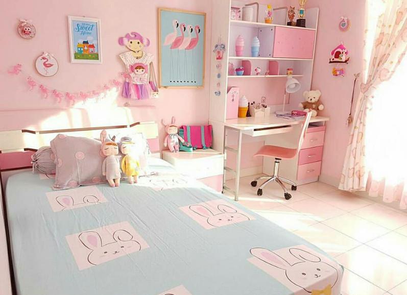 kamar tidur cantik anak perempuan