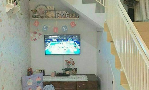 wallpaper di ruang tangga