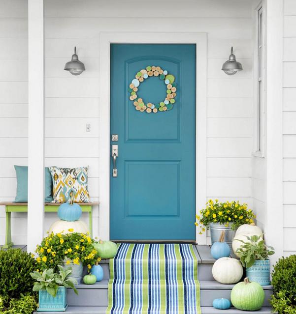 pintu rumah warna biru tosca