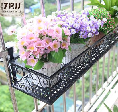 rak bunga cantik besi minimalis