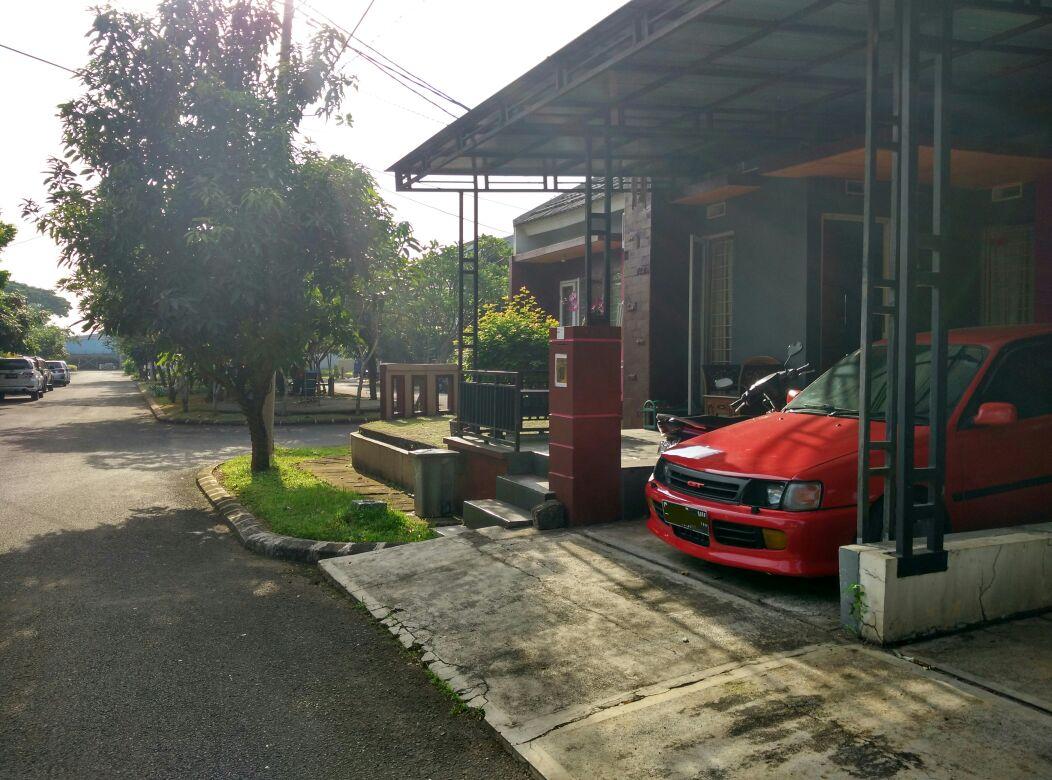Rumah Hook Asri di Graha Raya Tangsel