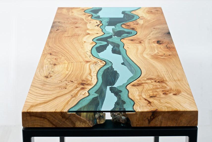 meja dengan seni sungai buatan