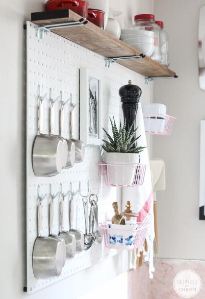 pegboard untuk di dapur, dapur menjadi rapi bersih