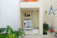 dekorasi ruangan belakang rumah untuk jemuran tempat cuci dan tempat toren air