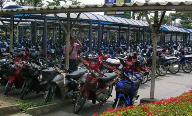 contoh desain tempat parkir motor yang rapi