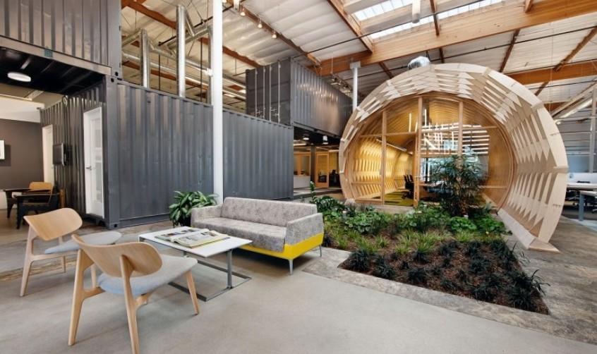 ruang santai kantor terbuka