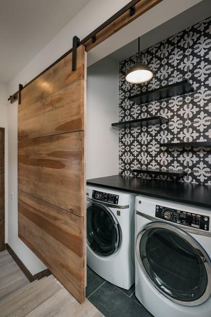 Desain mesin cuci di dapur minimalis