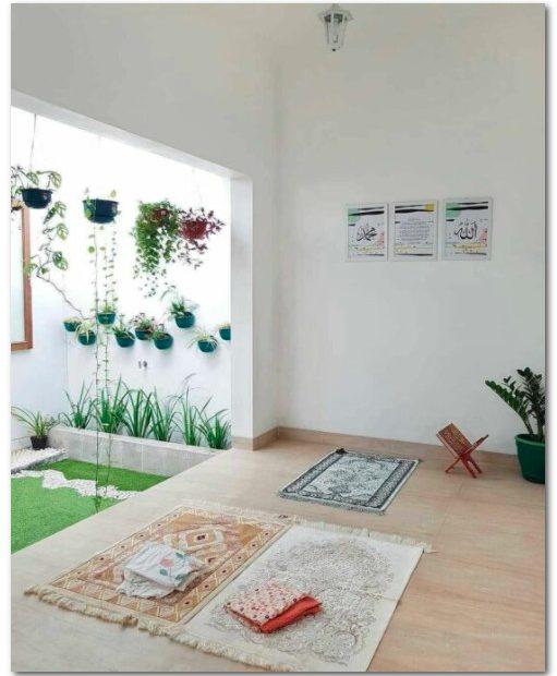 rumah dengan musholla cantik